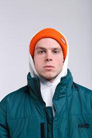 hat19-orang-hard2