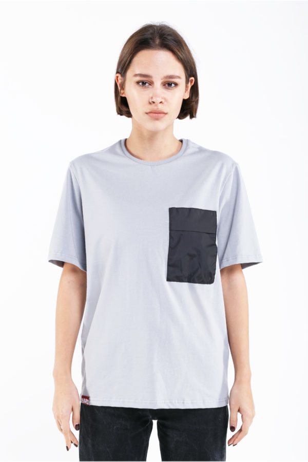 женская футболка hard