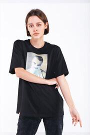 женская футболка streetwear