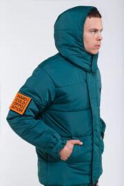 зелёная куртка hard