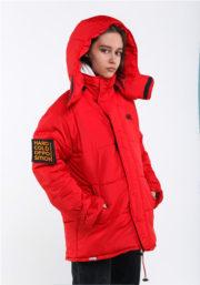 красная зимняя куртка hard