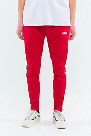 красные штаны киевского бренда