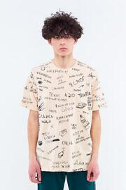 футболка с надписями на стенах киева