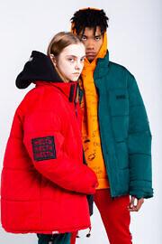 оверсайз куртки бренда хард