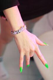 купить браслет на рука HARD жесть